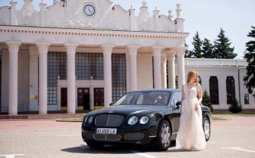 Bentley Continental Flying Spur Черный